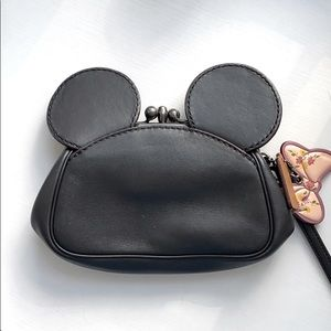 Minnie Mouse Coach Wristlet Bow Hang Tag